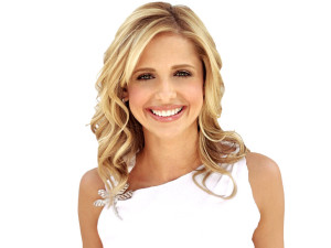 Sarah Michelle Gellar Spinal Treatment